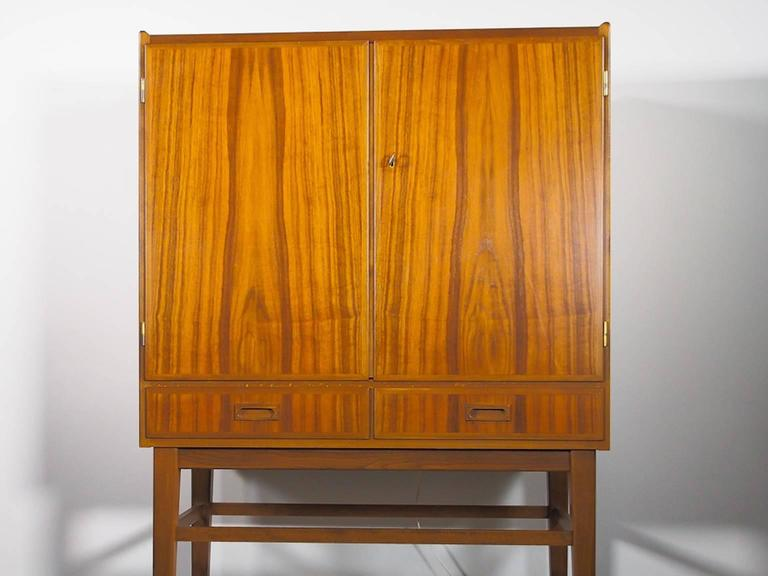 European Mid-20th Century Bar Cabinet with Interior Mirrors and Light For Sale