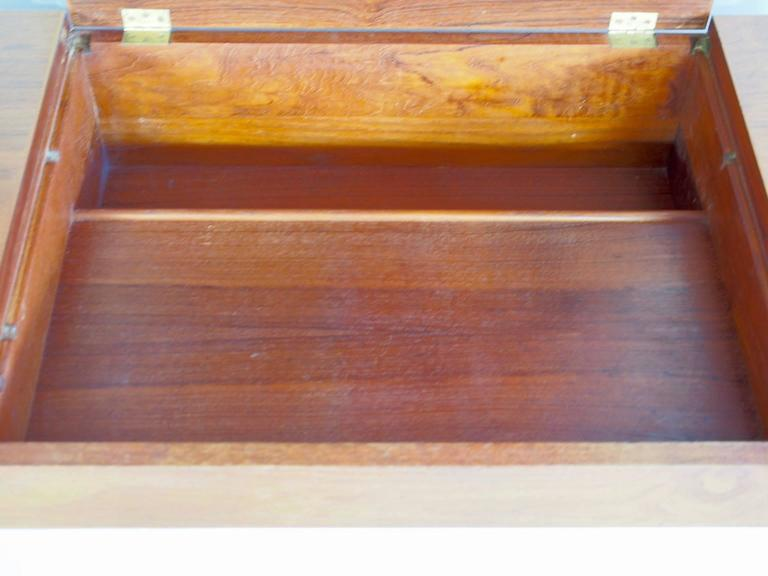 Mid-Century Teak Dressing Table with Mirror In Excellent Condition For Sale In Madrid, ES