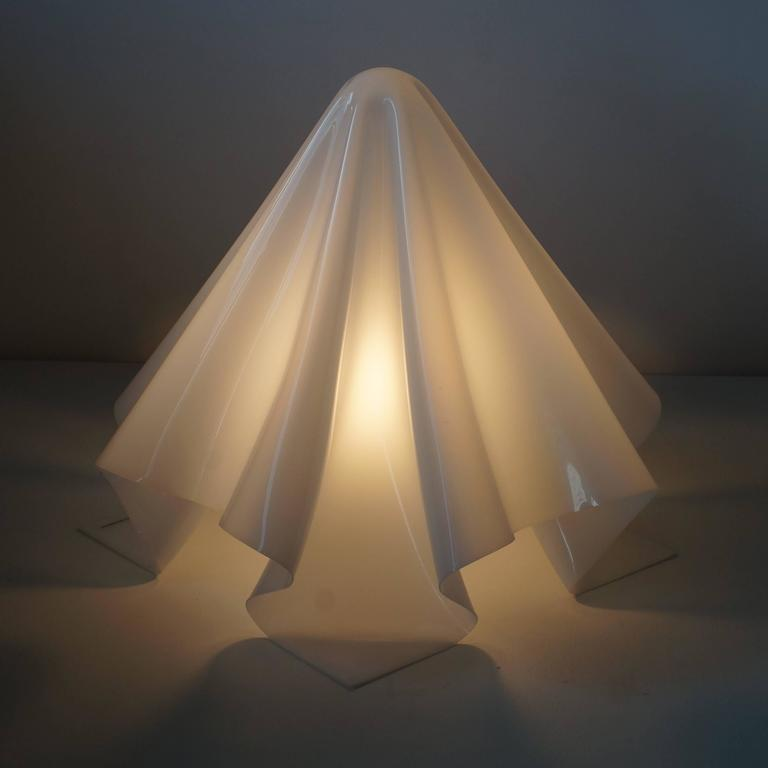 Shiro Kuramata white acrylic Ghost Lamp Large In Good Condition For Sale In Shibuya-ku, Tokyo