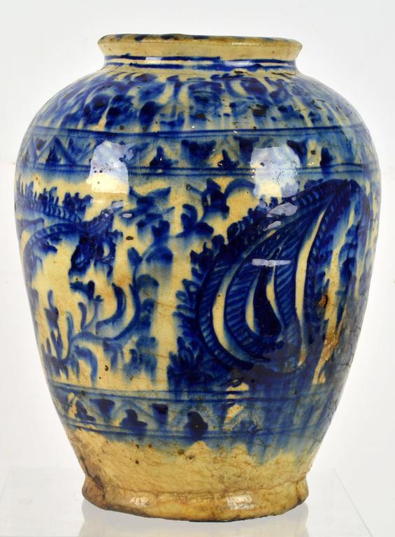 Rare Islamic Mamluk Period 16th Century Likely Syrian Blue And White Ceramic Jar At 1stdibs