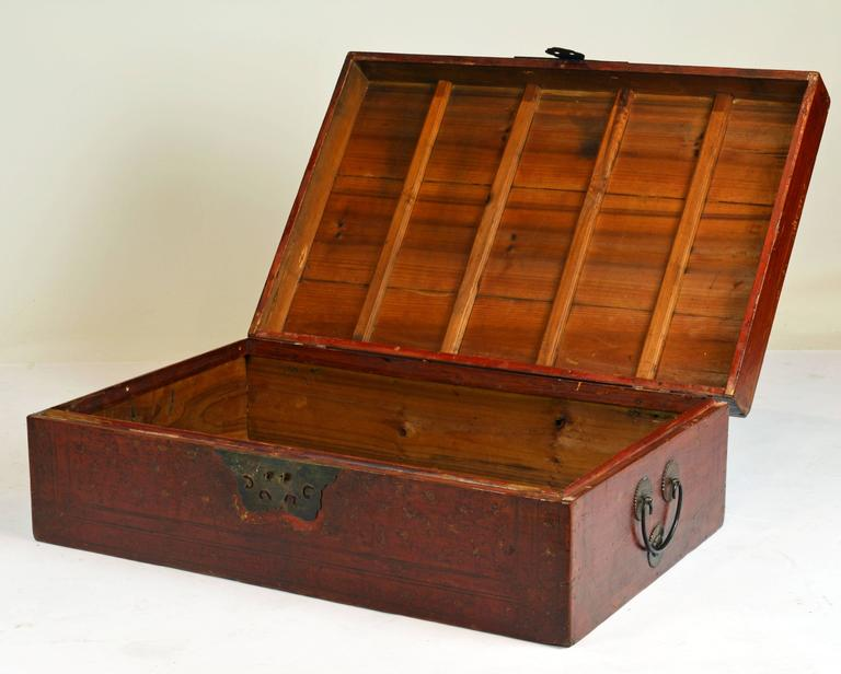 Chinese Export Large 19th Century Chinese Wood and Red Lacquer Storage Chest or Trunk For Sale