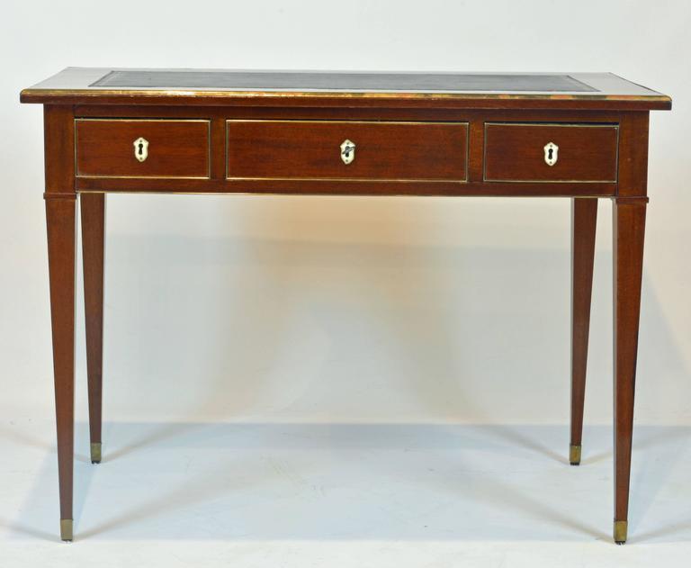 19th Century French Directoire Three-Drawer Figured Mahogany Writing Desk 2