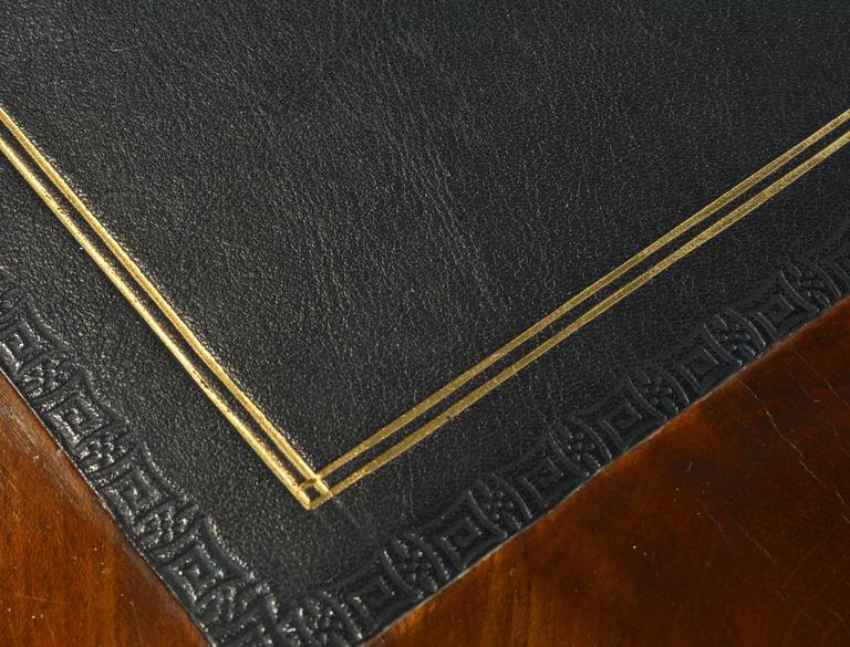 19th Century French Directoire Three-Drawer Figured Mahogany Writing Desk 9