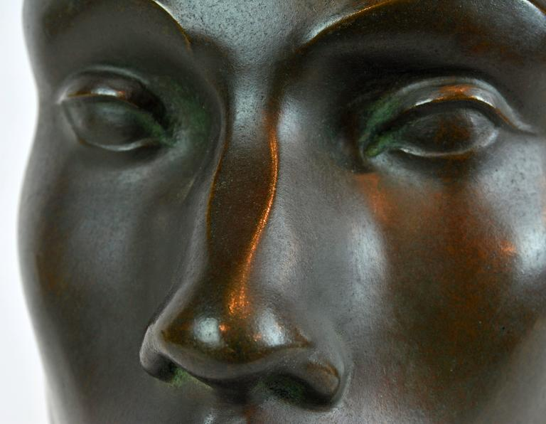 Large Art Deco Bronze Bust of a Young Man by Henry Paquet, Swiss, 1898-1975 For Sale 5