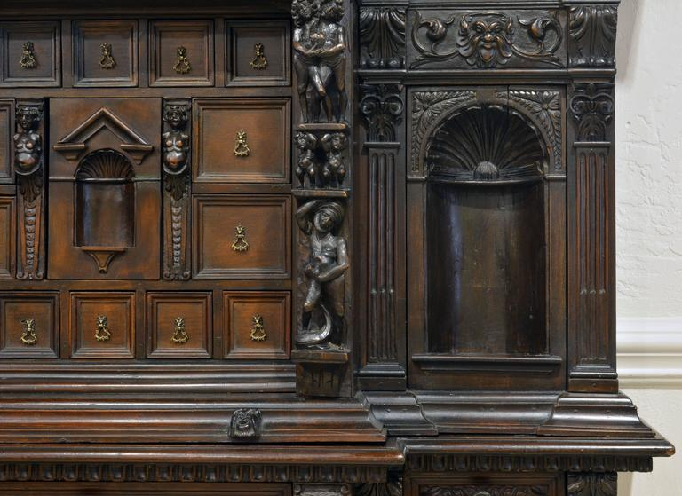 19th Century Italian Renaissance Style Two Part Carved Walnut 'Stipo a Bambocci' For Sale 3