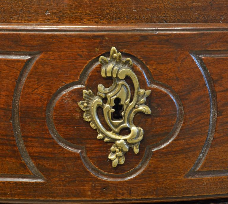 Bronze 18th Century Italian Carved Rococo Two-Drawer Serpentine Front Walnut Commode For Sale
