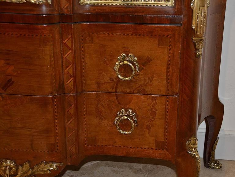 French Louis XV Style Marble-Top Bronze Mounted Commode, Late 19th Century In Good Condition For Sale In Ft. Lauderdale, FL