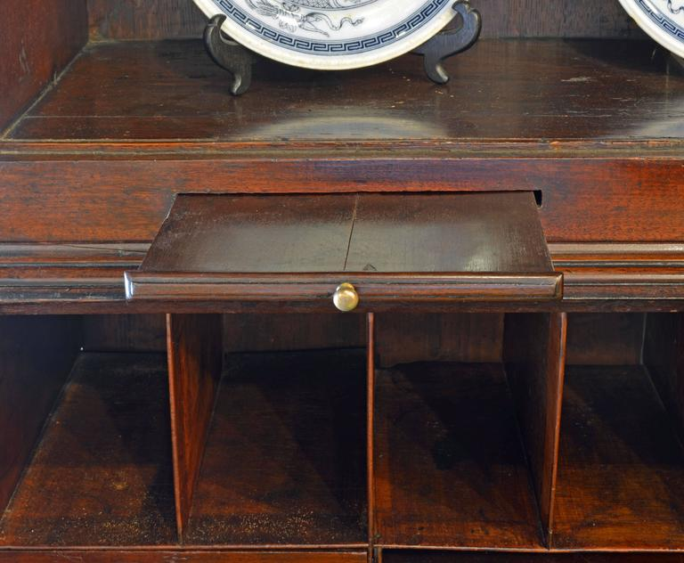 Charming Late 18th Century George III Mahogany Secretary Bookcase In Good Condition For Sale In Ft. Lauderdale, FL
