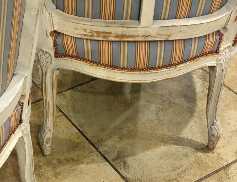 Pair of Charming Late 19th Century French Louis XV Style Painted Open Armchairs For Sale 5