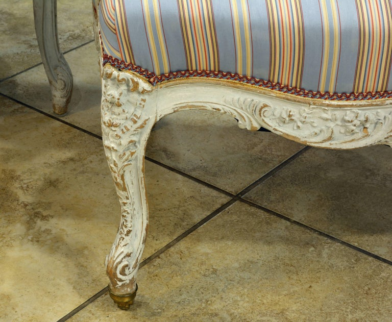 Pair of Charming Late 19th Century French Louis XV Style Painted Open Armchairs For Sale 4