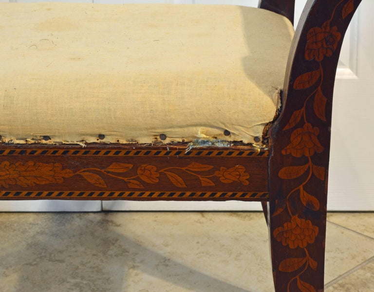 Elegant 19th Century English Neoclassical Inlaid Mahogany Bench or Stool For Sale 2