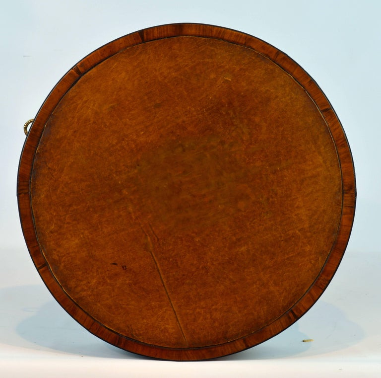 Petite English Regency Style Four-Drawer Leather Top Drum Occasional Table In Good Condition For Sale In Ft. Lauderdale, FL