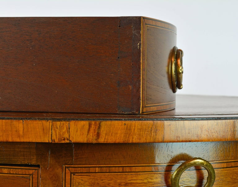 Petite English Regency Style Four-Drawer Leather Top Drum Occasional Table For Sale 1