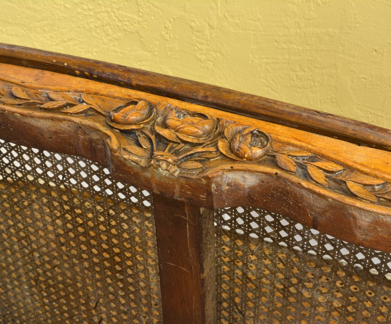Late 18th Century Provincial Louis XV Style Carved and Caned Walnut Settee For Sale 4