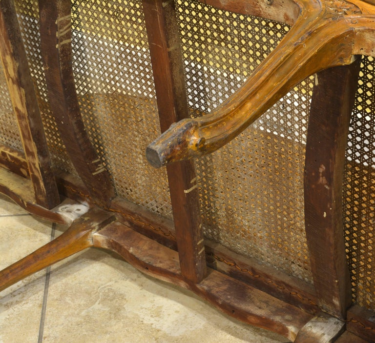 Late 18th Century Provincial Louis XV Style Carved and Caned Walnut Settee For Sale 3