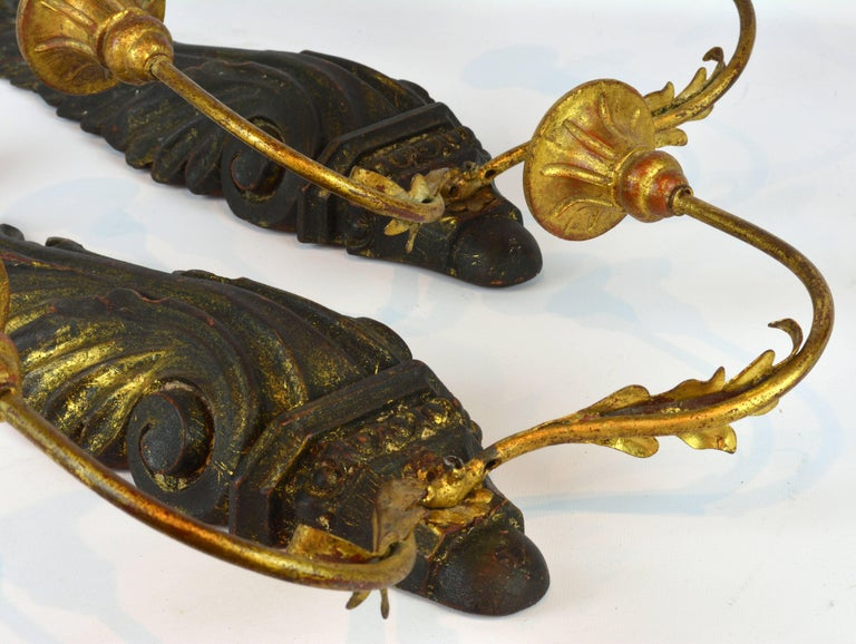 Pair of Italian 1950s Palladio Wood and Gilt Iron Neoclassical Wall Sconce 10