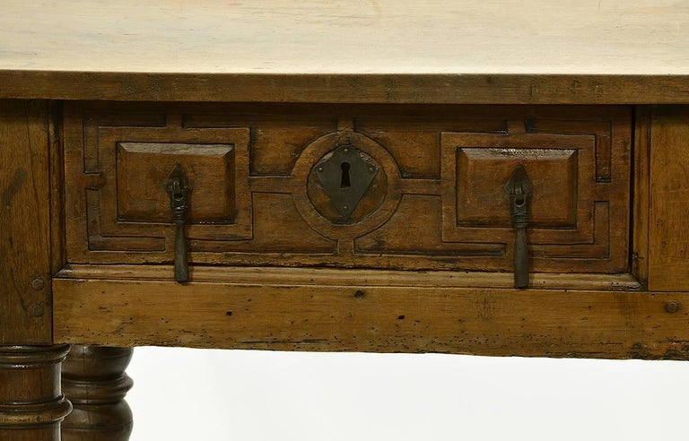 17th-18th Century Spanish Renaissance Walnut Reflectory Table or Hall Table 2