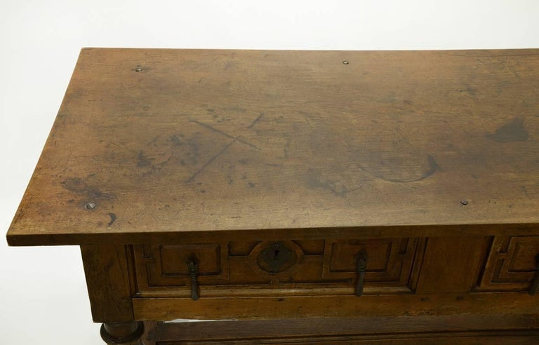 17th-18th Century Spanish Renaissance Walnut Reflectory Table or Hall Table 3