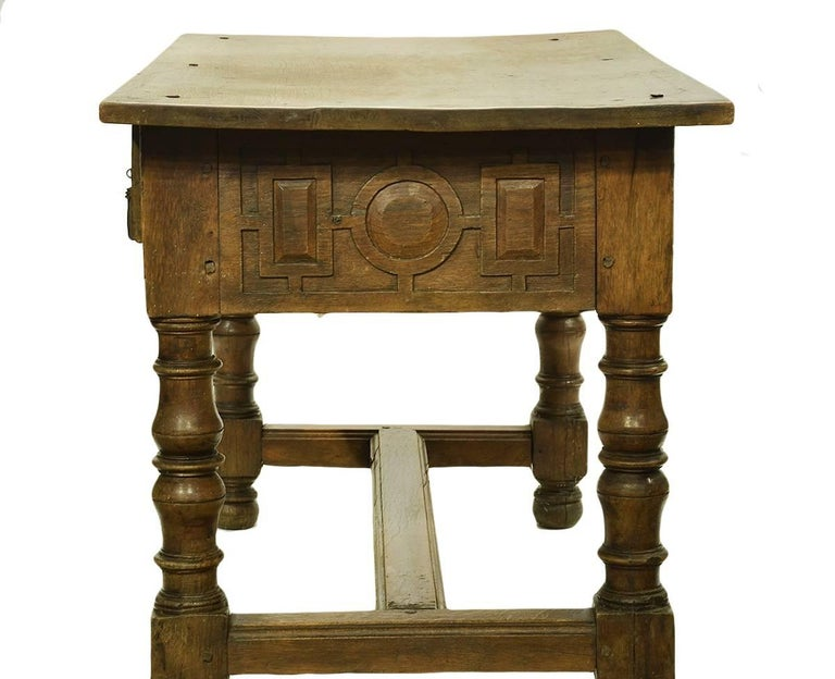 17th-18th Century Spanish Renaissance Walnut Reflectory Table or Hall Table 5
