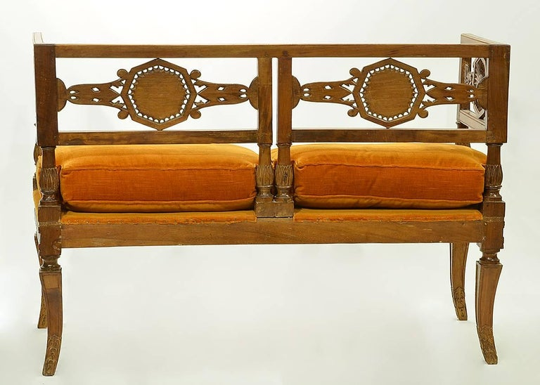Early 19th Century Italian Neoclassical Carved Walnut and Fruit Wood Settee 2