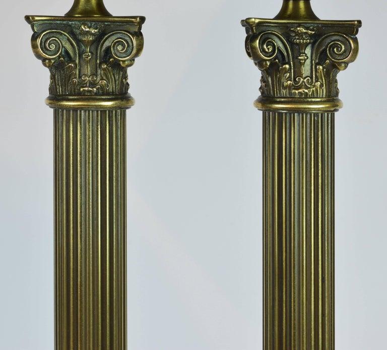 Distinguished Bronze and Marble Twin Corinthian Columns Gentleman's Desk Lamp 3