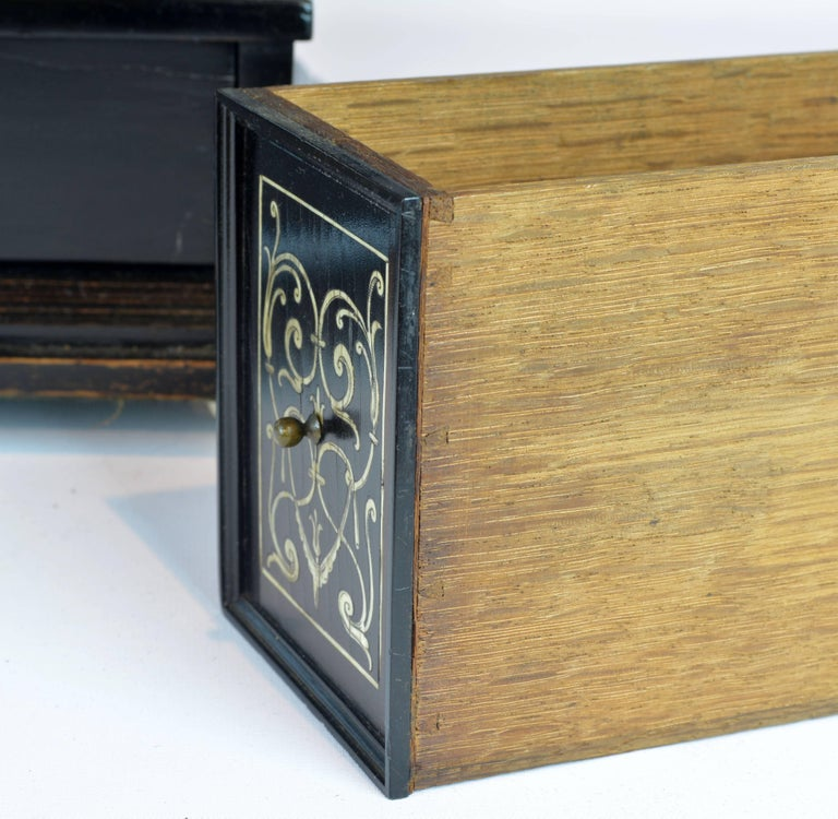 Superior 19th Century Neoclassical Ebonized and Ivory Inlaid Table Cabinet For Sale 3