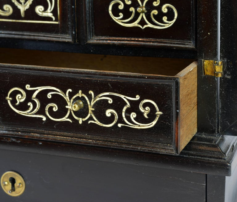Superior 19th Century Neoclassical Ebonized and Ivory Inlaid Table Cabinet For Sale 2