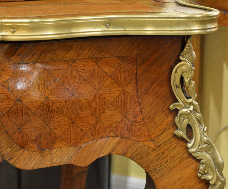 19th Century Louis XV Style Bombe Marquetry and Ormolu-Mounted Bureau a Gradin 10