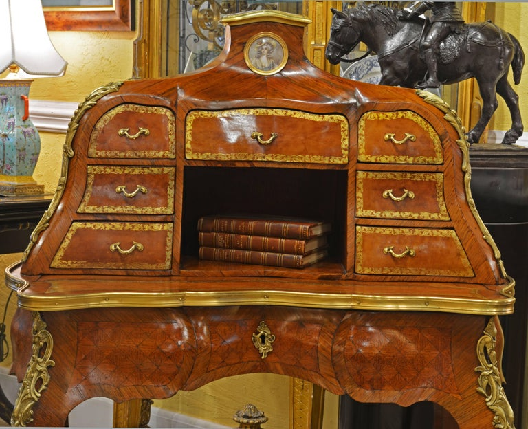 19th Century Louis XV Style Bombe Marquetry and Ormolu-Mounted Bureau a Gradin 5