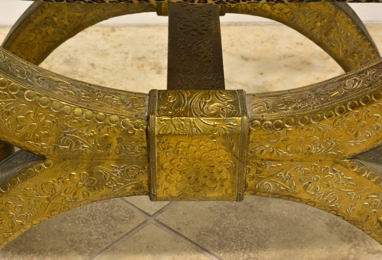 Anglo-Indian Brass Repousse Clad Lion's Head and Paw Feet Curule Bench or Stool For Sale 1