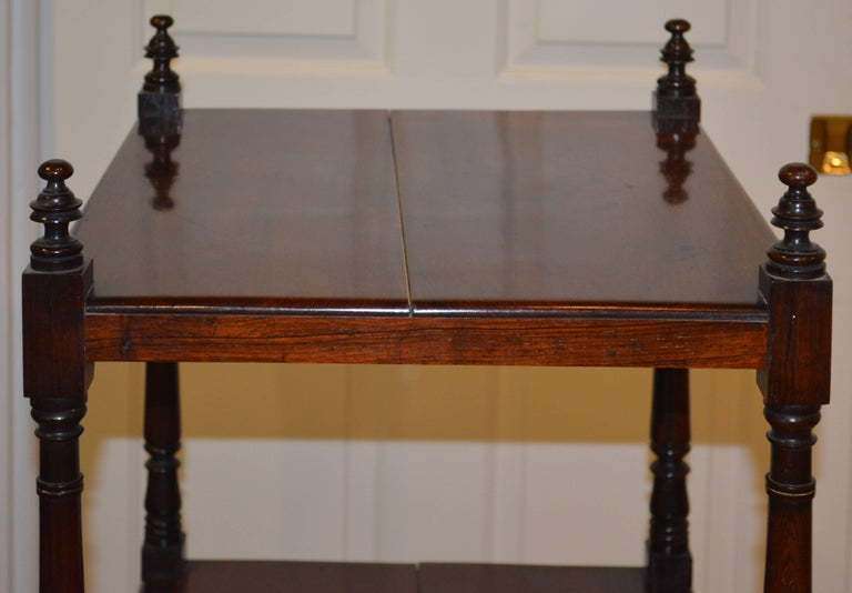 Attractive 19th Century English Rosewood Three-Tier and One Drawer Étagère For Sale 1