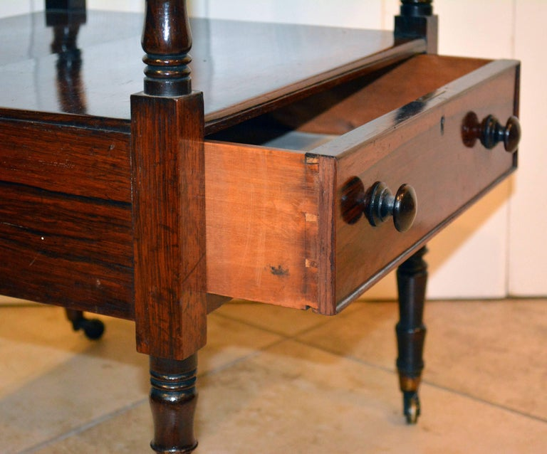 Attractive 19th Century English Rosewood Three-Tier and One Drawer Étagère For Sale 3