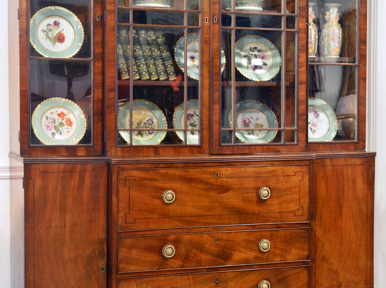 English Noble Early 19th Century George III Mahogany Breakfront Secretary Bookcase For Sale