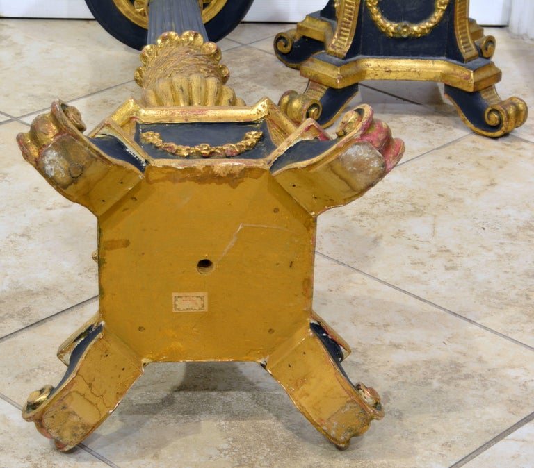 Pair of 20th Century Italian Neoclassical Style Paint and Parcel Gilt Pedestals 9