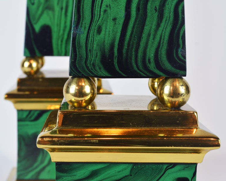 20th Century Pair of Tall Paul Hanson Midcentury Faux Malachite and Brass Obelisk Models For Sale