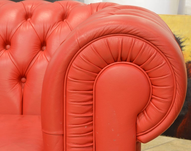 Wonderful Italian Red Leather Chesterfield Sofa in the Style of Poltrona Frau In Excellent Condition For Sale In Ft. Lauderdale, FL