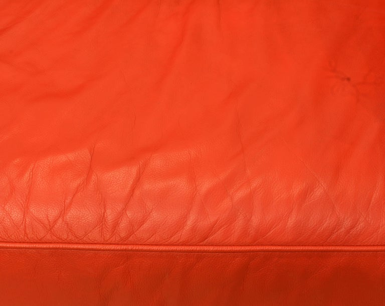 Wonderful Italian Red Leather Chesterfield Sofa in the Style of Poltrona Frau For Sale 5