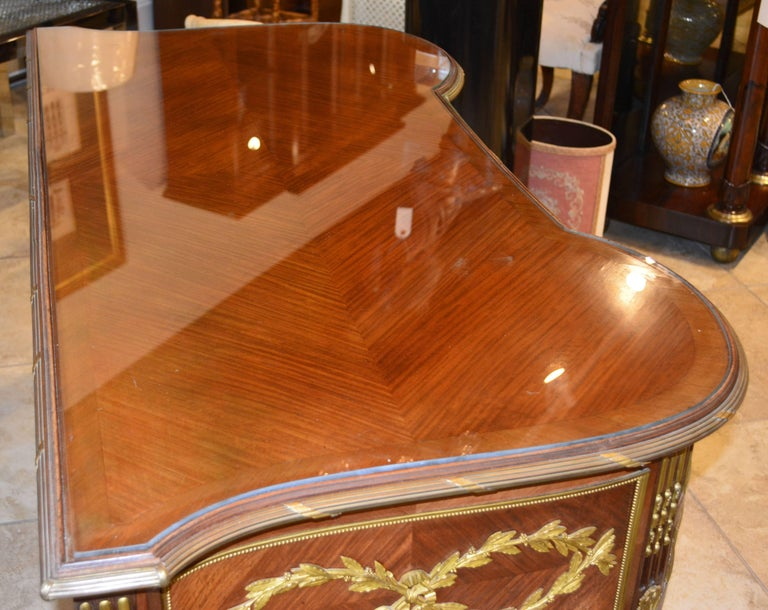 19th Century French Louis XV Bronze-Mounted Kingwood Parquetry Writing Desk For Sale 10