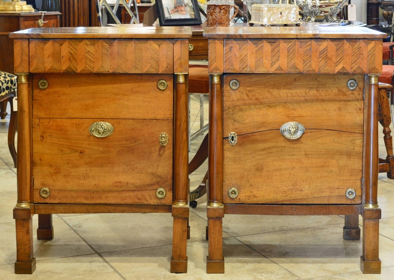 Bronze Pair of Early 19th Century Italian Neoclassical Parquetry Fruitwood Commodes For Sale