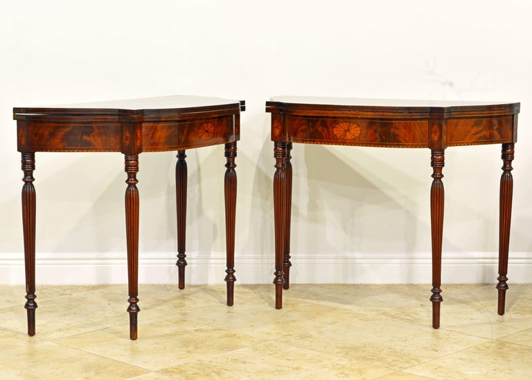 Inlay Pair of Early 20th Century American Sheraton Style Inlaid Mahogany Card Tables For Sale