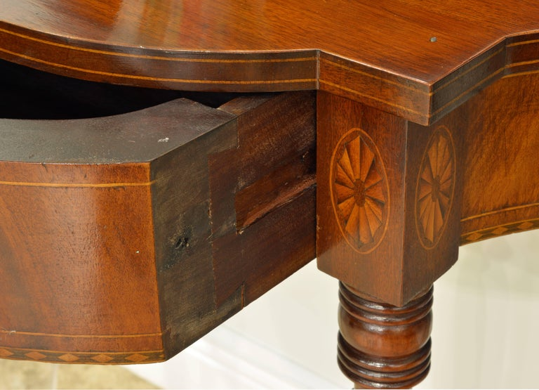 Pair of Early 20th Century American Sheraton Style Inlaid Mahogany Card Tables For Sale 2