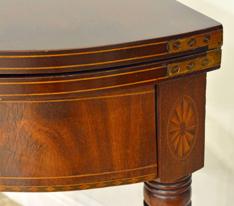 Pair of Early 20th Century American Sheraton Style Inlaid Mahogany Card Tables For Sale 5