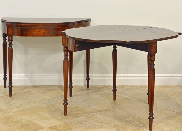 Pair of Early 20th Century American Sheraton Style Inlaid Mahogany Card Tables For Sale 7
