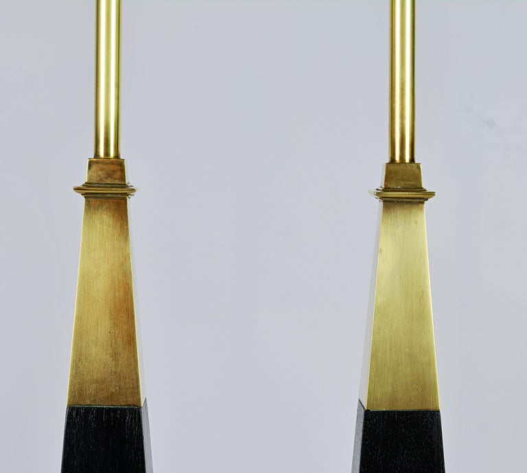 20th Century Pair of Brass and Ebonized Wood Obelisk Lamps by Tommi Parzinger for Stiffel For Sale