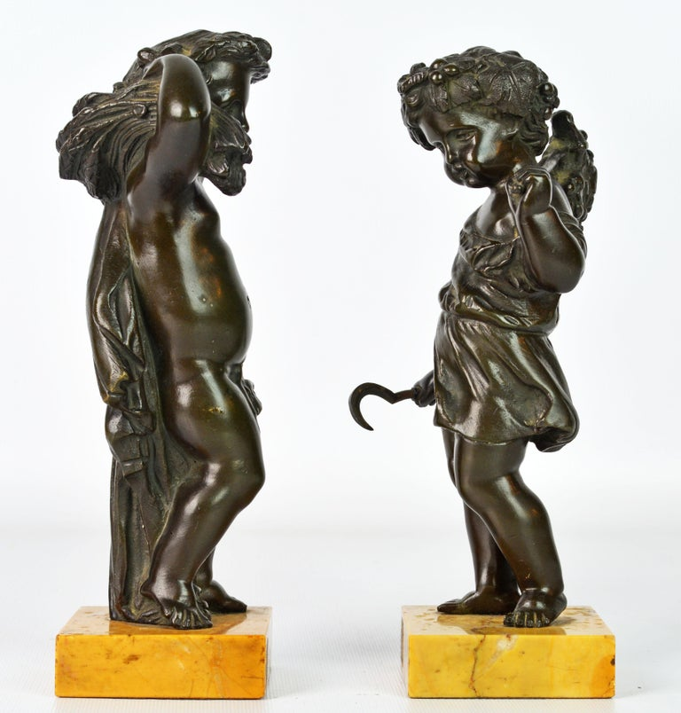 Baroque Pair of 19th Century Patinated Bronze Putti as Harvesters on Sienna Marble Bases For Sale