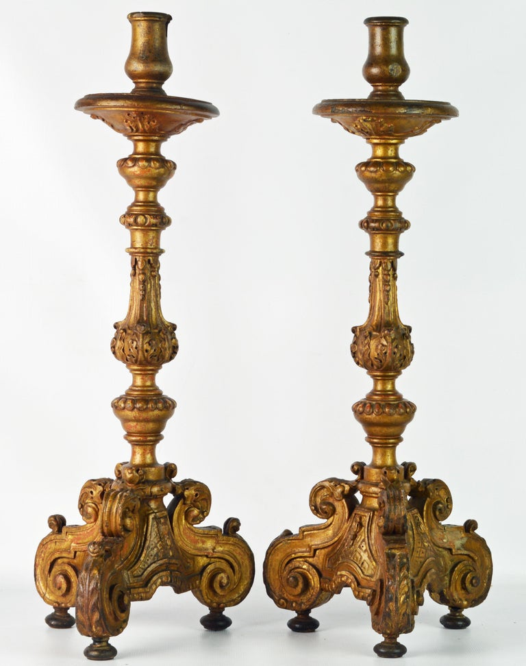 Pair of 18th Century Italian Baroque Carved Giltwood Altar Prickets In Good Condition For Sale In Ft. Lauderdale, FL
