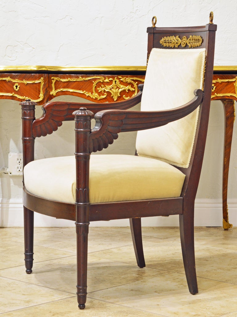 French Second Empire Eagle Wing Carved and Bronze Mounted Mahogany Armchair In Good Condition For Sale In Ft. Lauderdale, FL