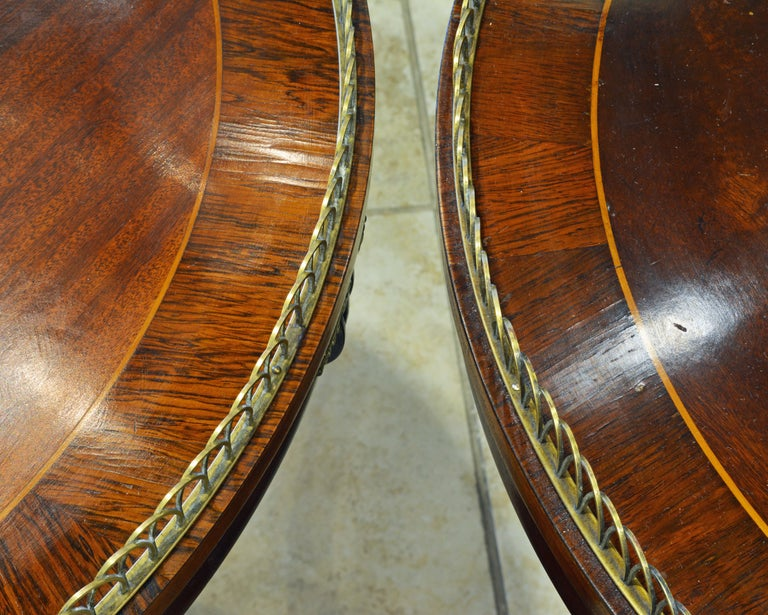 Elegant Pair of French Directoire Style Mahogany and Rosewood Gueridon Tables In Good Condition For Sale In Ft. Lauderdale, FL