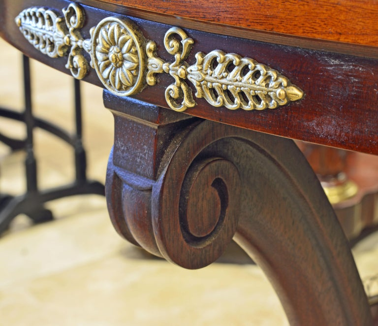 Elegant Pair of French Directoire Style Mahogany and Rosewood Gueridon Tables For Sale 1