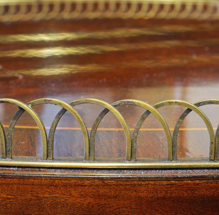 Elegant Pair of French Directoire Style Mahogany and Rosewood Gueridon Tables For Sale 6